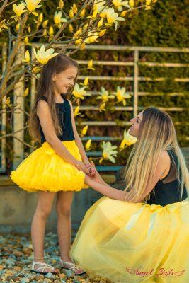žlutá dolly