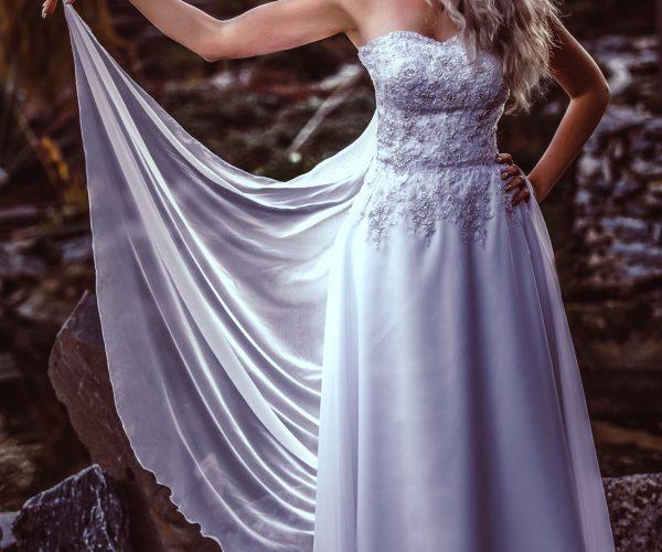 šití na míru Brno, svatební salón Brno, svatební šaty, fashion designer