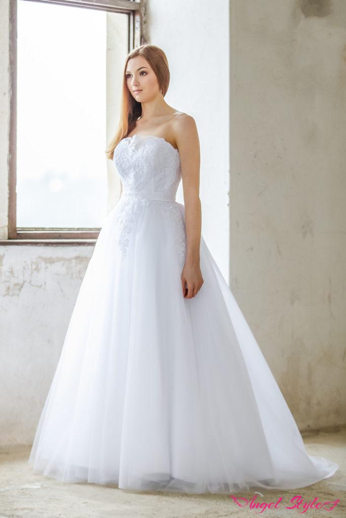 prodej svatebních šatů Brno